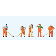Preiser 10713 - Street Cleaning Worker 5/