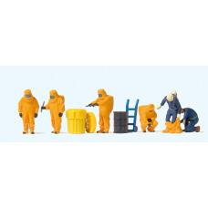 Preiser 10732 - Firemen/Orange Chem Suits