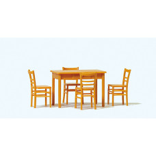 Preiser 65809 - Table w/4 Chairs