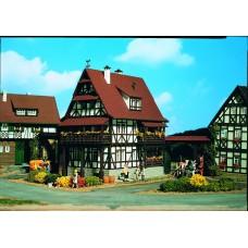Vollmer 43732 - Vintner's lodge