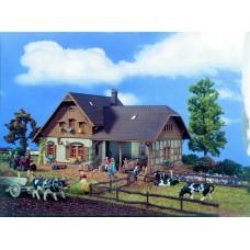 Vollmer 43744 - Farmhouse w/Shed