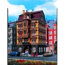 Vollmer 43813 - 4-Story House Ylw/Brn