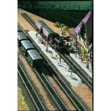 Vollmer 47528 - Highland sta platform