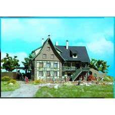 Vollmer 47705 - Farmhouse