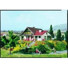 Vollmer 47718 - Ranchhouse kit