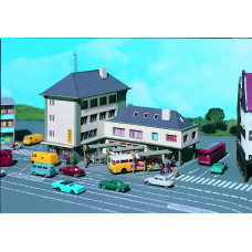 Vollmer 47724 - Post Office/Bus Station