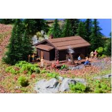 Vollmer 47727 - Log Cabin w/Barbecue Pit
