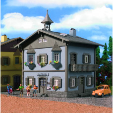 Vollmer 49232 - House w/Bay Window Kit