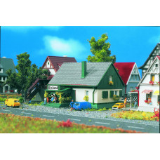 Vollmer 49571 - House w/Shop
