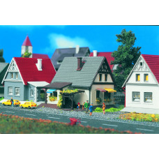 Vollmer 49573 - House w/Gray Roof