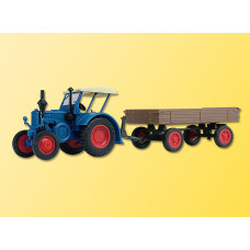 Kibri 22232 - Tractor w/Rubber Tyre Car - Finished Model