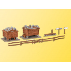 Kibri 37028 - Barn w/wooden fence 2/