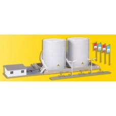 Kibri 37467 - Twn Fuel Tnk w/Ldng Fclty