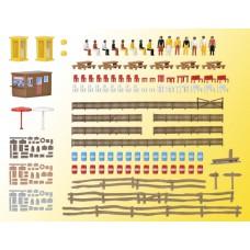 Kibri 37490 - Accessory pac w/figures